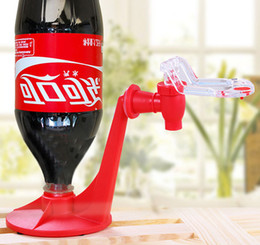 Wholesale Fizz Saver Mini Upside Down Drinking Fountains Cola Beverage Switch Drinkers Hand Pressure Water Dispenser Automatic By DHL