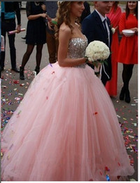 Best selling elegant off the shoulder Pink wedding dresses Floor Length Tulle Ball Gown Sweetheart Crystal Beaded bridal dresses
