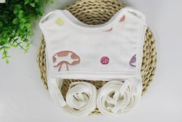 Wholesale Infant formula masks gauze bandage six cotton bib baby bibs bibs eat lace pocket money