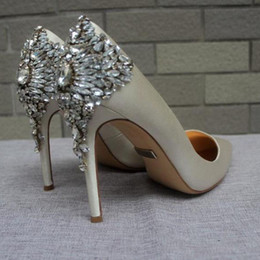 Wholesale new arrival white wedding shoes heels silk bridal shoes for wedding prom shoes evening shoes party shoes