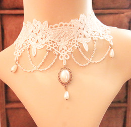 Wholesale Vintage Handmade White Lace Choker Necklace with Jewelry Short Gothic Collarbone Chokers Necklaces For Wedding Cheap