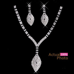 Wholesale 2016 New Rhinestone Crystals Jewelry Set Cheap Fashion Wedding Evening Prom Formal Accessories Hot Sale Necklace