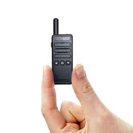 Wholesale Super mini radio walkie talkie CHS uhf transceiver mhz ham radio handheld two way radio Motorola icom yaesu hyt cb radio quality
