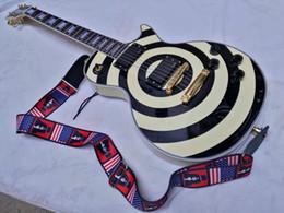 Wholesale Zakk Wylde bullseye black EMG Active pickups With V Battery Electric Guitar In Stock