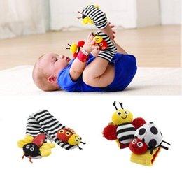 2017 chaussettes lamaze hochet Lamaze chaussette bébé jouet bébé jouets Lamaze Jardin Bug Wrist Rattle et Foot Socks Bee Plush jouet tout-petit Jouets pour bébés peu coûteux chaussettes lamaze hochet