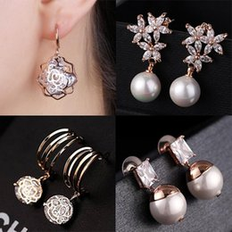 Discount DHL& Wholesale 60pcs lot Quality 18KGP Rose Gold Earrings Fashion Crystal CZ Earrings CZ Crystal Pearl Alloy 150816-2