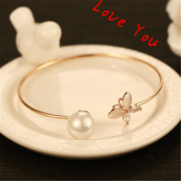 Korean Vintage Pearl Bangle & Bracelets for Women Fashion Opal Butterfly Bangles Opened Gold Plated Charms Bangles Jewelry