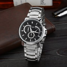 Wholesale Men Sporty Luxury Atmosphere Badace Small Silver Fashion Simple Eye Does Not Move The Pointer Quartz Watch