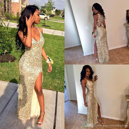 Wholesale Sexy Gold Sequins Arabic Prom Party Dresses V Neck High Slit Mermaid Backless Plus Size Cheap African Graduate Gowns Eveing Wear