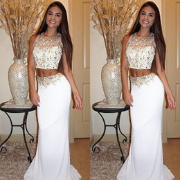 2016 Popular Two Pieces Dress White Prom Gowns Luxury Crystals Beaded Crop Top Sheer Neck Sleeveless Fitted Long Formal Evening Party Wear