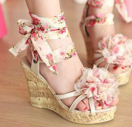 Wholesale Best new Bohemian fashion wedges platform shivering flowers women luxury girls students sandals princess bandage shoes