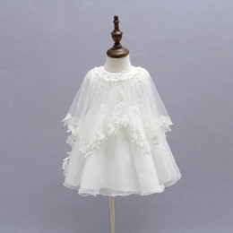 Retail 2016 Newborn Baby Christening Gown Infant Girls Princess Lace Baptism Dress Toddler Baby Girl Dresses 3pcs set 1776