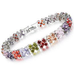 Woman Butterfly Charm Bracelet Classical Platinum Plated Stellux Austrian Multicolor White CZ Diamond Women Jewelry