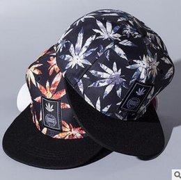 Wholesale Leaf Caps Snapback baseball Hats Hiphop Cap Hip hop Leaf Baseball Cap Fashion Sun Hats Maple Leaf Hats