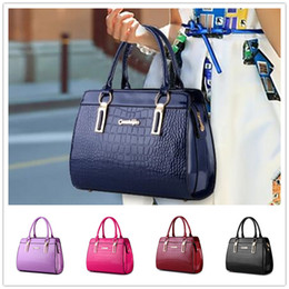 Brand new style of bright patent leather stone pattern upscale atmosphere Shoulder Messenger Handbag BAG144