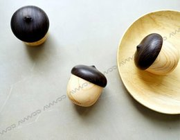 Wholesale water transferring pringting Bluetooth Speaker with mini acorn shape hang everwhere with unique mini nut appereance and wonderful sounds