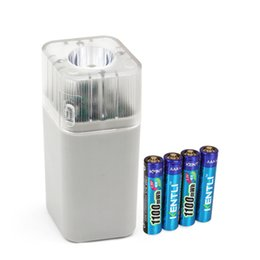 Wholesale 4pcs kentli v aaa lithium Li polymer rechargeable battery ports slots channels aa aaa charger with flashlight
