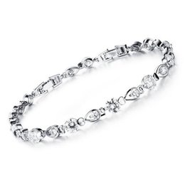 Woman Wedding Bracelets Romantic Waterdrop Design Cubic Zirconia + Platinum Plated Women Jewelry Bracelet