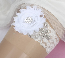 Wholesale Floral Adorned White Lace Crystals Bridal Garters For Bride s Wedding Garters White Leg Garters In Stock Cheap