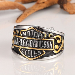 Wholesale Europe and the United States titanium steel domineering ring men s single retro Harley Davidson motorcycle locomotive personalized wave r