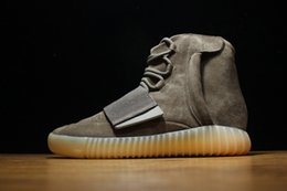 Wholesale Without Box Glow Kanye West Brown Boost Glow In Dark Sports Shoes Boost Classic Running Shoes Sneakers Men Fashion Basketball Shoes