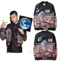 Wholesale New Style Loves The Astronauts Login To The Moon Printing Cotton Baseball Autumn Winter Zipper Cardigan Fleece Pilot Jacket Sweater Coat