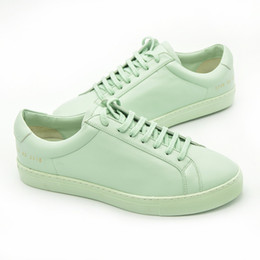 Wholesale Italy Original Brand Common Projects Shoes Men Women Genuine Leather Sheepskin Platforms Pea Green Casual Shoes Basse Chaussures