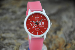 New female models genuine fashion simple candy color multicolor diamond watch Ms. watch students watch silicone