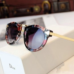 Wholesale The new fashion children s sunglasses Baby baby sunglasses glasses round metal frog mirror box arrow sunshade lens glasses Lovely and sweet