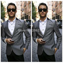 Descuento trajes de la astilla Al por mayor-moda de la calle del estilo de la astilla Blazers hombres Dos botones de solapa de la chaqueta del juego Negro solapa de bolsillo para hombre de los hombres florales incendio chaqueta personalizada