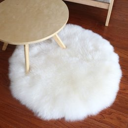 Wholesale real sheep fur rug for home deco sheepskin fur throw for furniture upholstery sofa rugs round shaped white chair fur seat mat