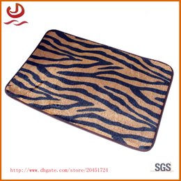 Wholesale Modern commercial colorful carpet doormat water bath mat kitchen bathroom shower door mat mat to wipe your feet