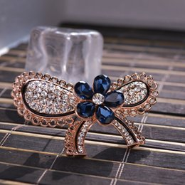 Crystal butterfly brooches hot sell new design elegant fashion crystal concise classic high quality pin brooches GLN645