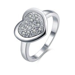 Glamour Silver color Heart-shape Inlaid Zircon bling Ring for Chic and Elegant Ladies as a Christmas Gift on Wholesale