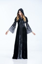 Wholesale Halloween costumes Vampire Queen cosplay dress long sleeve and long robe Skull print Theme Costume Stage performance apparel