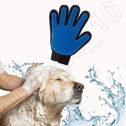 Wholesale Good Quality Pet GLove True Touch Cleaning Massage Removal Glove Bath Dog Cat Brush Comb Hair Cleaning Tools
