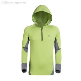 2017 camiseta para correr verde Venta al por mayor-Deporte Verde Protección Solar Anti-UV Moleton Masculino Casual Anti Bacterial Wicking Camiseta Hoodies Hombres corriendo Seca Rápida Chaqueta camiseta para correr verde en oferta