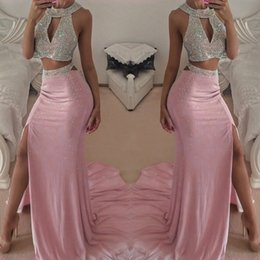 2017 robe avant serrure Boutons de manchette sexy Deux pièces robes de bal Crystal Shiny Halter Backless haute Slit soir Party Robes de balayage Train robe avant serrure ventes