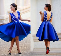 2017 Royal Blue Cocktail Dresses V Neck Lace Applique Satin Knee Length A Line Short Prom Dresses Homecoming Party Dresses Custom Made
