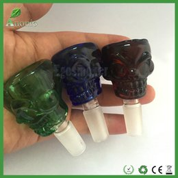 Wholesale Bong Bowls 14mm 18mm Male Joint Skull Glass Bowl for Glass Water Pipe and Bongs Blue Black Green Amber