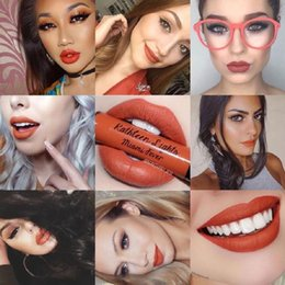Wholesale Hot sales beauty cosmetic makeup sample charge D real Qibest benefit beyond mascare kylie lipstick gloss tattoos sticker