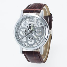 Wholesale Fashion belt watch unisex alloy case gear modeling scale hollow surface of the disc