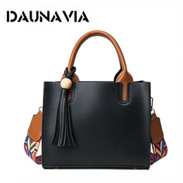 luxury designer handbags Style Colored Shoulder Strap Handbag Designer Women Shoulder Bag With Tassel Vintage Lady Messenge Bag ND558