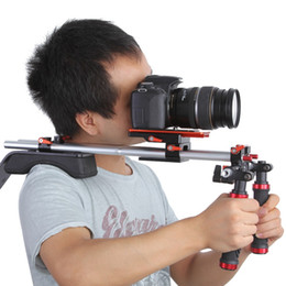 Plates-formes de caméra pour dslr en Ligne-2016 Koolertron Shoulder Pad DSLR Rigs épaule DSLR Cage Caméra StabilizerQuick-releaseCounterweight Pour Canon Nikon Olympus