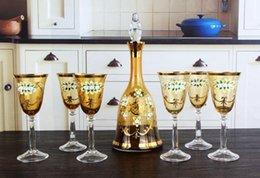 Wholesale Creativa ámbar set de vino de champán regalos vasos traje de cristal de vidrio de botella de la jarra