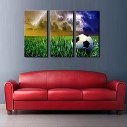 Wholesale LK3186 Panel A Soccer On The Lawn And Flashing Lightning Will Rain Oil Painting for Modern Sitting Room Home Decoration Print on Canvas G