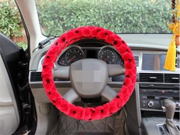 Wholesale Winter football spot Plush non slip steering wheel cover Add touch and friction suitable for all of car car styling