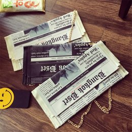 Wholesale 2016 Personality News Paper Shape Large Envelope Bag Famous Designer Handbag Day Clutch Party Evening Bag Casual Chains Shoulder Bag Bolso