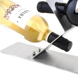2017 bastidores de almacenamiento de vino Al por mayor-Super-gruesos soportes de acero inoxidable de vino estilo europeo Botellas 3 agujeros del soporte de exhibición casera creativa Rack de almacenamiento de suspensión WZ bastidores de almacenamiento de vino en oferta