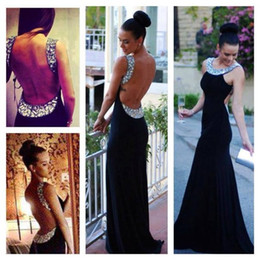 Sexy Backless Prom Dresses Crystal Beading Formal Evening Gowns With Jewel Neck Sleeveless Sheath Floor Length Chiffon Party Gowns